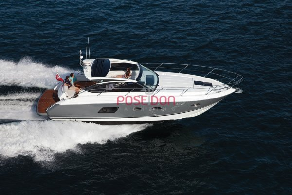 Princess V39 - 2014 - vu tribord poupe