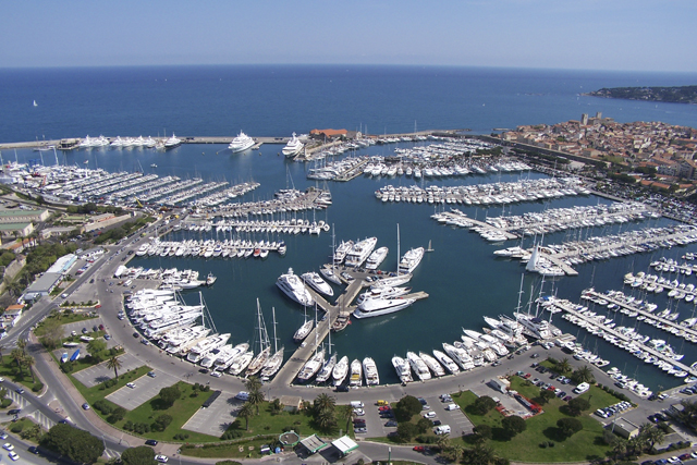 New Berth For Sale 23m In Port Vauban - Antibes