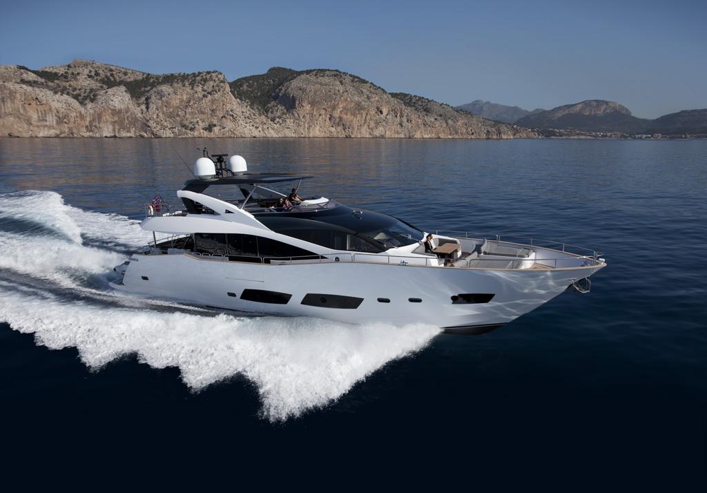 Sunseeker 28m : Yacht Controller Installation