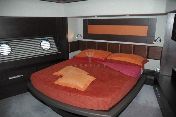 Azimut 86 S - 2007 - guest cabin