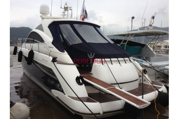 Fairline Targa 47 Hardtop - 2008 - helm position